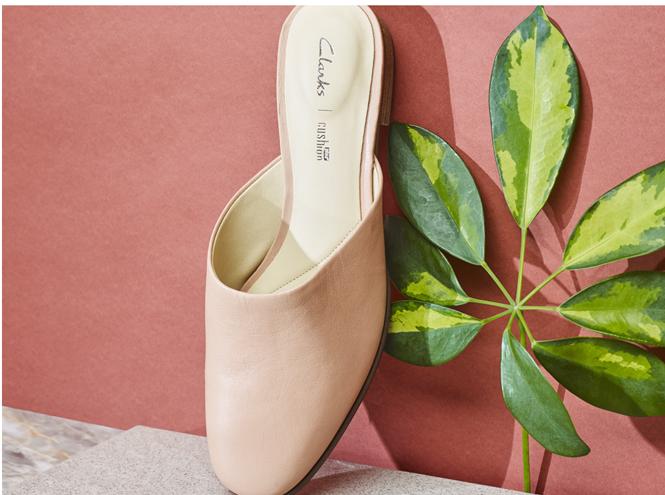 Фото №1 - Shoes First в магазинах Clarks