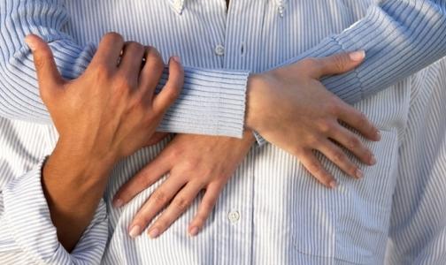 Фото №1 - На женских руках нашли больше микробов, чем на мужских