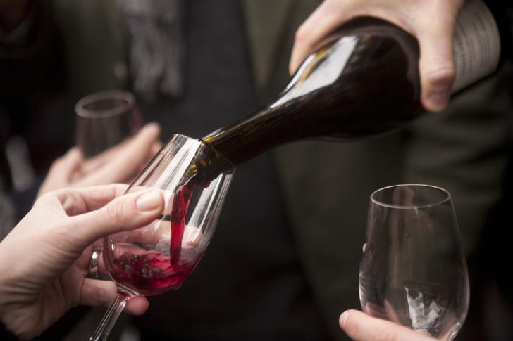 Фото №1 - Как оценить качество вина по его цвету