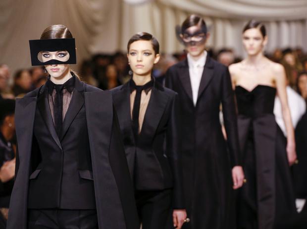 Фото №1 - Сюрреализм в масках: Dior Haute Couture SS18
