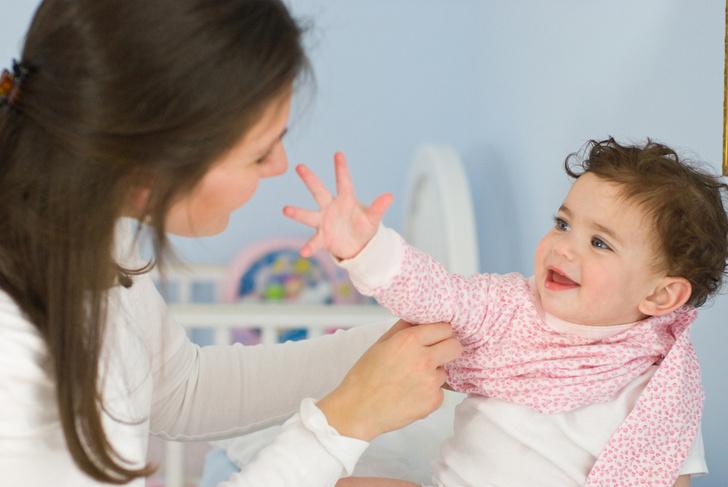 Фото №1 - Малыш долго одевается: как ускорить копушу