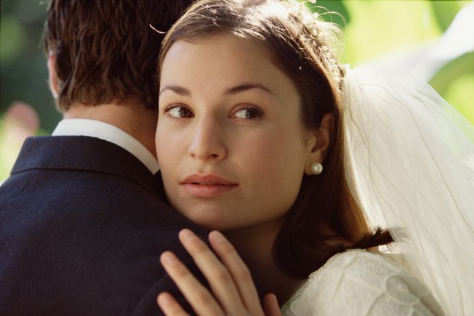 12 questions to discuss before your wedding
