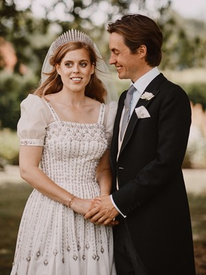 Фото №9 - Самые стильные звездные невесты 2020 года, которые нас впечатлили