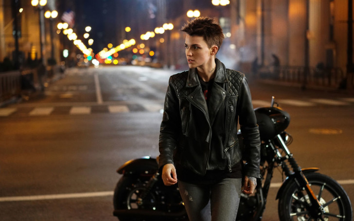 Фото №1 - Как научиться ездить на мотоцикле девушке