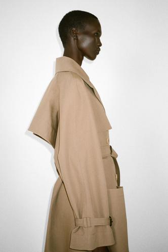 Фото №59 - Полный гид по самой модной верхней одежде на осень и зиму 2021/22