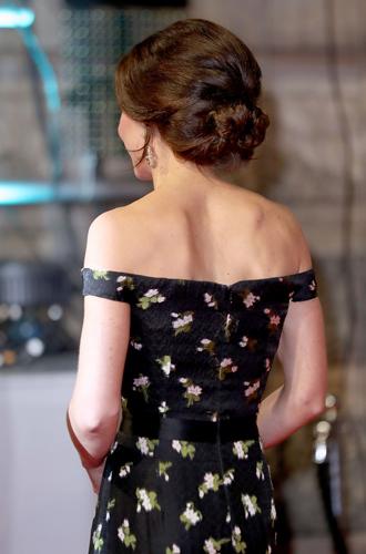 Фото №3 - Талант скромности: герцогиня Кембриджская на церемонии BAFTA