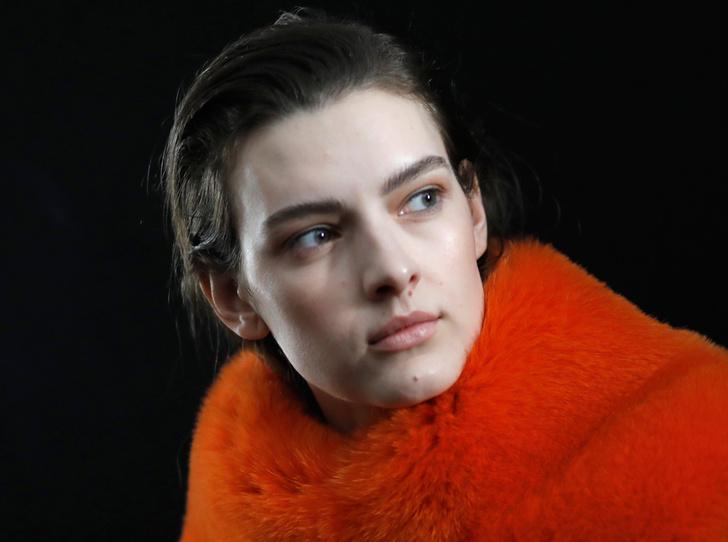 Фото №1 - Fashion director notes: вечная женственность Salvatore Ferragamo FW 17/18