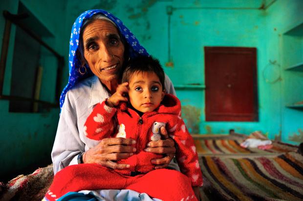Фото №3 - 70 и старше: самые пожилые роженицы в мире