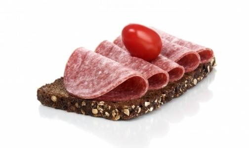 Фото №1 - В колбасе из петербургских магазинов нашли незаявленные ингредиенты