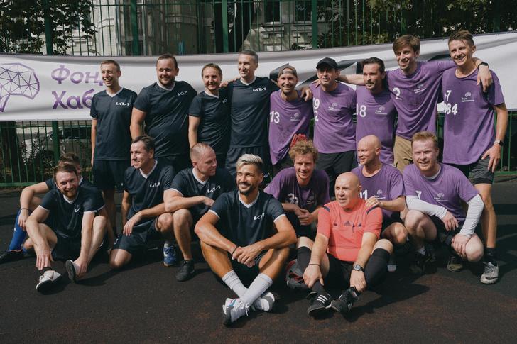 Фото №2 - Как прошел благотворительный футбольный матч Фонда Хабенского и Kia Russia & CIS