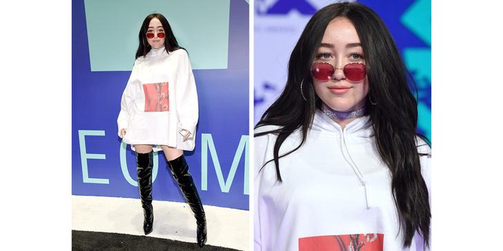 Фото №3 - Кто отличился на красной дорожке MTV VMA 2017? Оцениваем наряды