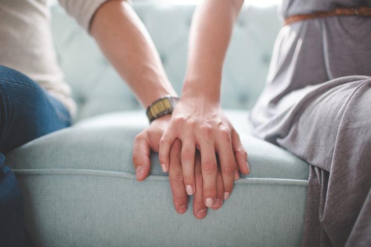 Фото №2 - Высокие отношения: почему мы дружим с бывшими?