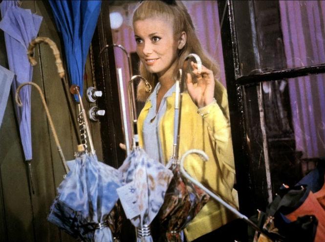 Фото №1 - Легенды Франции: 7 лучших фильмов с Катрин Денев
