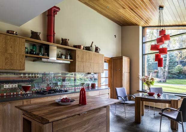Фото №8 - Подмосковный дом в стиле Фрэнка Ллойда Райта