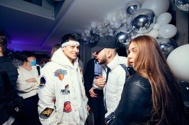 Фото №2 - Егор Шип, Даня Милохин, Марьяна Ро и Ваня Дмитриенко— кто еще отрывался на дне рождения XO Team
