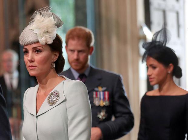 Фото №7 - Настоящая причина, почему Гарри и Меган разъезжаются с Уильямом и Кейт