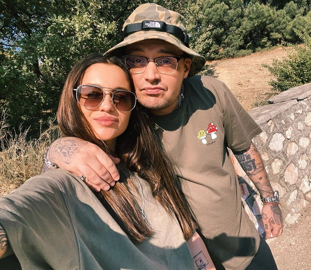 24-летняя Юлия Королева спровоцировала слухи о помолвке с рэпером Гуфом