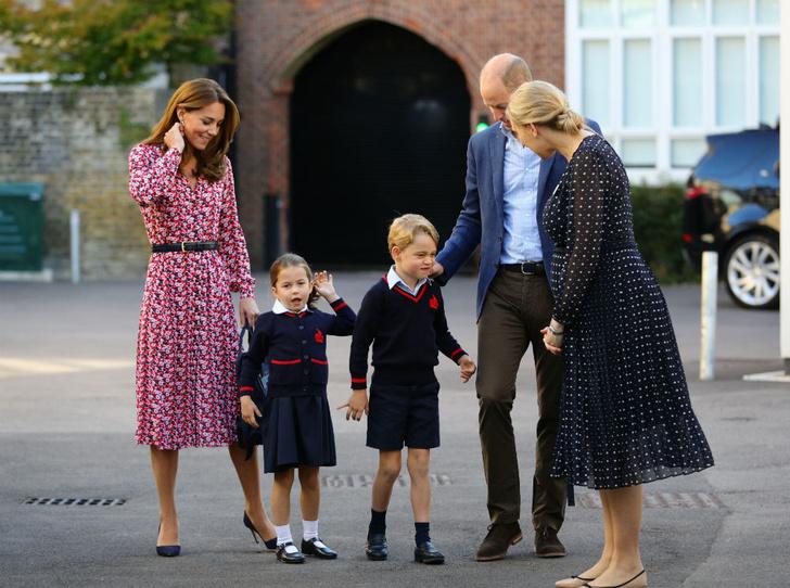 Фото №2 - Почему Джорджу и Шарлотте запрещено иметь лучших друзей в школе
