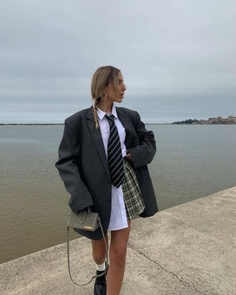 Фото №2 - Модная форма: как носить стиль преппи, если вы уже не школьница