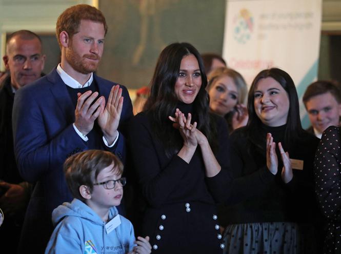 Фото №6 - Как королевская семья недооценила семейство Марклов (и расплачивается за это)