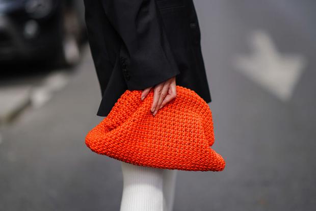 Фото №1 - Чек-лист: 5 сумок, которые должны быть у каждой