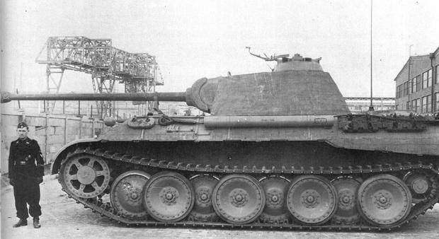 Фото №1 - Почему у немецких танков были такие странные гусеницы