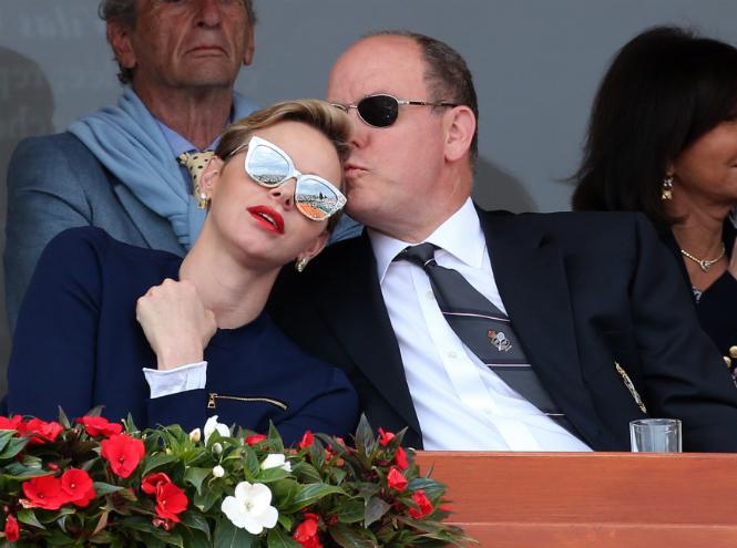 Фото №29 - Счастливы вместе: князь Альбер и княгиня Шарлен