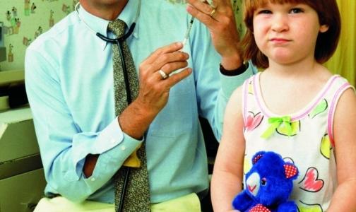 Фото №1 - Вакцинация детей в Петербурге идет с нарушениями