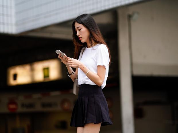Фото №11 - С чем носить мини-юбки: 8 стильных сочетаний на любой случай