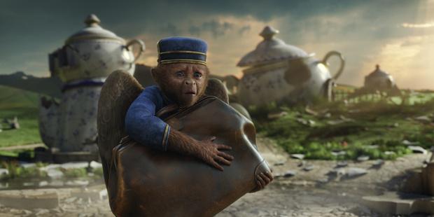 Фото №5 - Что посмотреть: 5 фильмов про самых крутых обезьян