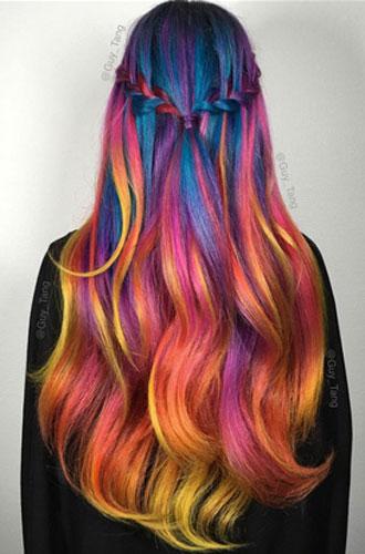 Фото №11 - Бьюти-тренд: разноцветные волосы