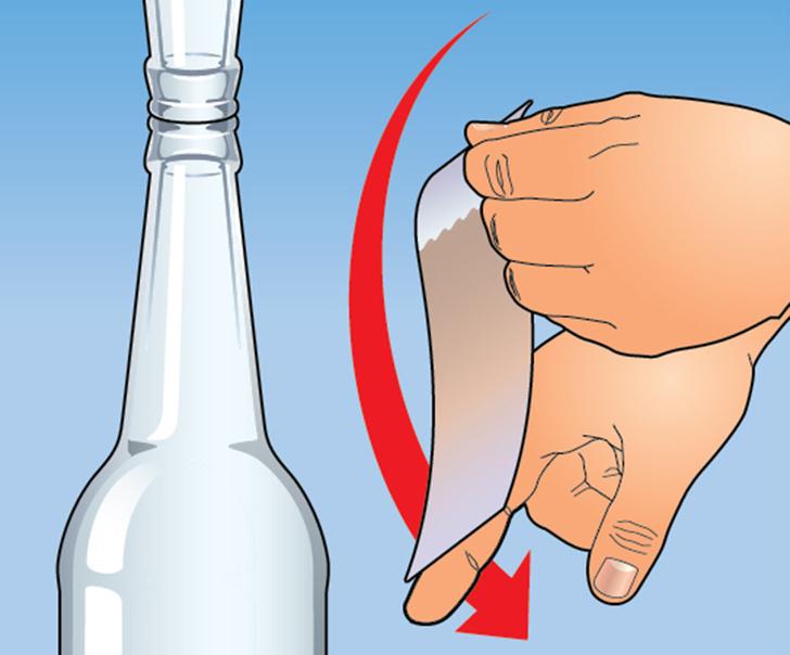 Фото №3 - Элегантный фокус с купюрой и двумя бутылками