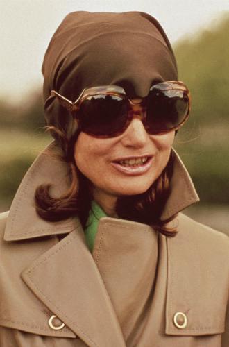 Фото №12 - Секреты красоты Жаклин Кеннеди