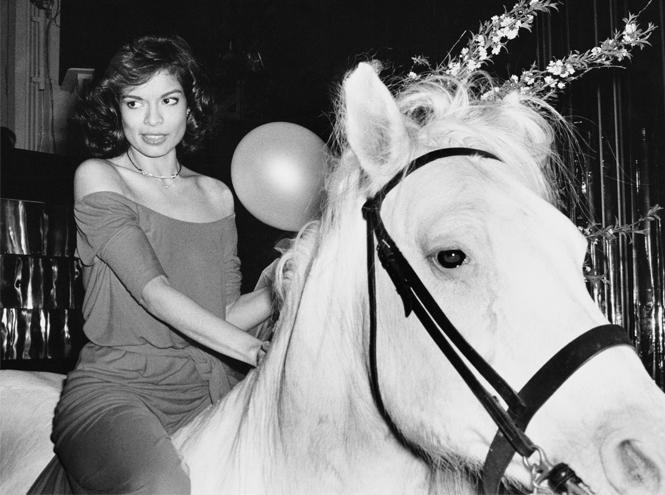 Фото №11 - Музы художника: 5 любимых женщин Энди Уорхола