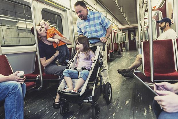 Фото №4 - Вход с колясками воспрещен?