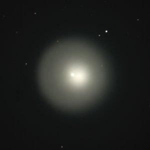 Фото №1 - Вспыхнувшая комета стала больше Юпитера