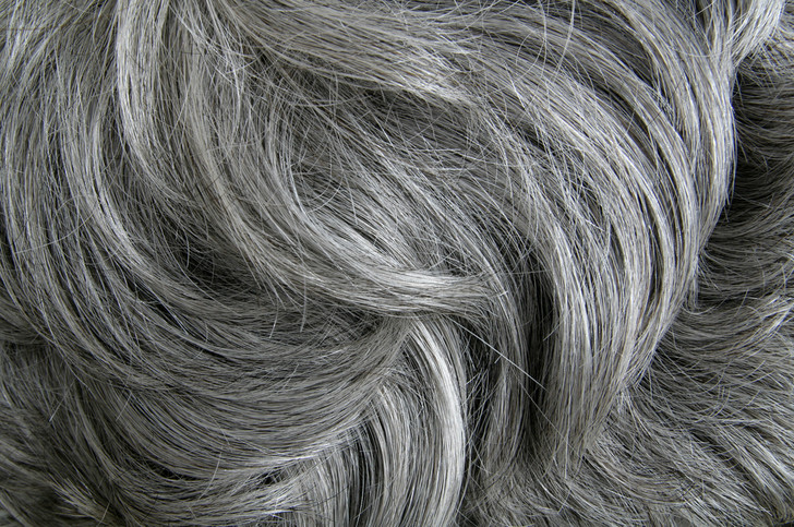 Фото №1 - Обнаружен ген седых волос