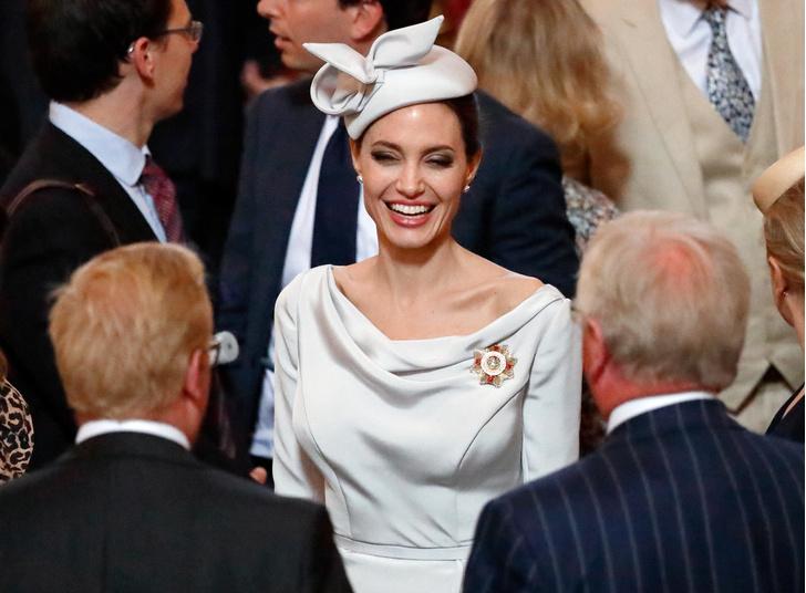Фото №4 - Почему Анджелина Джоли — снова икона стиля, или Что такое luxe purism