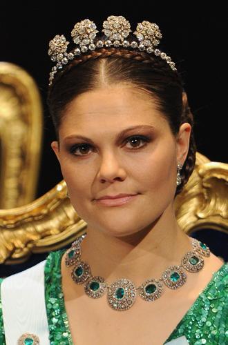 Фото №49 - От бижутерии до бриллиантов: тиары шведской королевской семьи