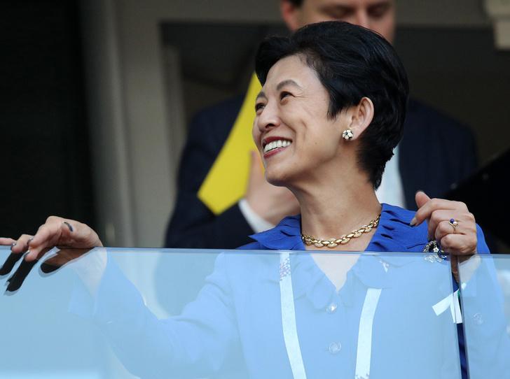 Фото №8 - Кто такая японская принцесса Хисако Такамадо (и почему она болеет за футбол)