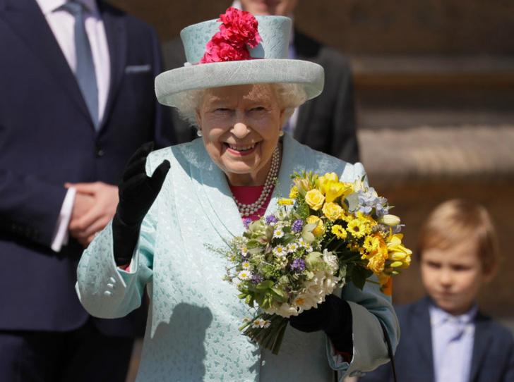 Фото №1 - 94-летняя Королева Елизавета II и ее рекорды