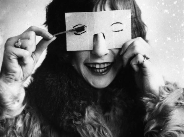 Фото №4 - Самые опасные бьюти-процедуры: каких жертв требовала красота в прошлом
