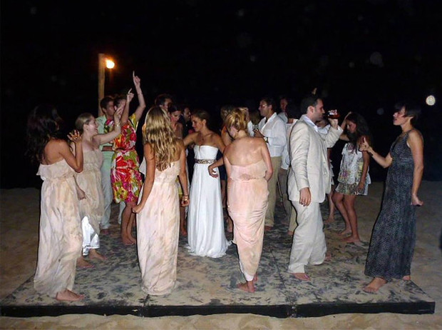 Фото №2 - Эффект Меган Маркл: почему наша вторая свадьба должна быть во всем лучше первой