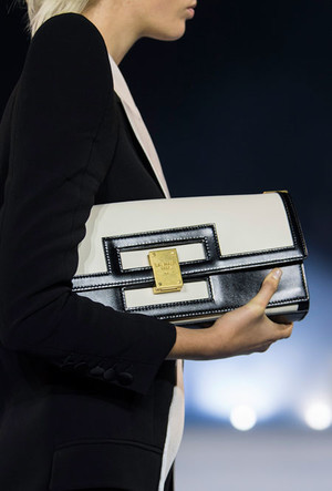 Фото №10 - Самые модные сумки весны и лета 2021