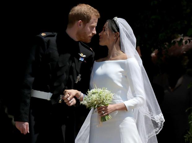 Фото №2 - Дорогая герцогиня: сколько британцы потратили на Меган за два года