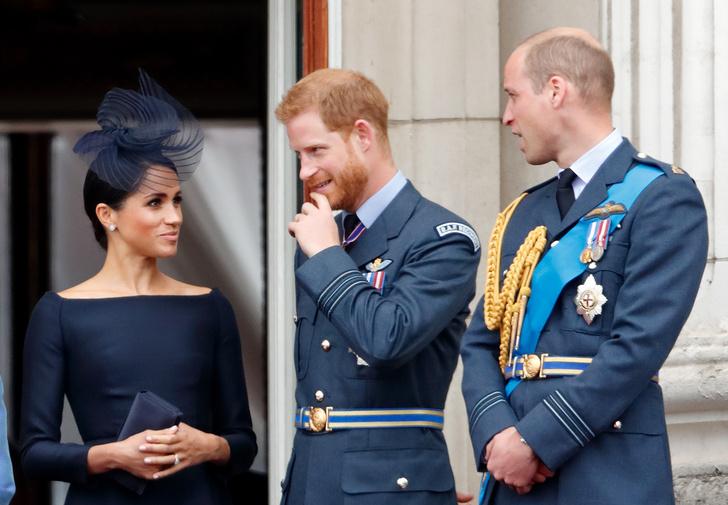 Фото №1 - Новые подробности: за что Уильям «выселил» Меган и Гарри из Кенсингтонского дворца