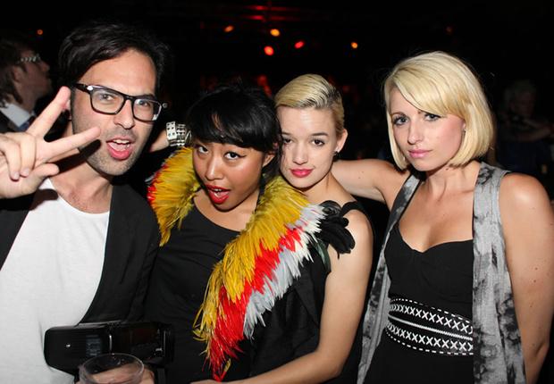 Фото №26 - Самые стильные наряды на вечеринках!