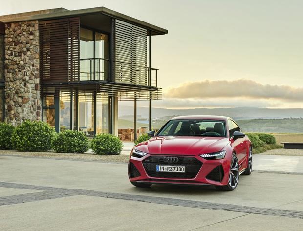 Фото №2 - Новый Audi RS 7 Sportback: инновационный дизайн и высокая эффективность