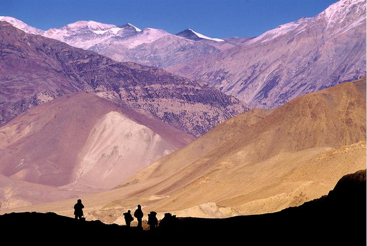 Фото №4 - Гора на плечах: кто несет вещи покорителей Эвереста