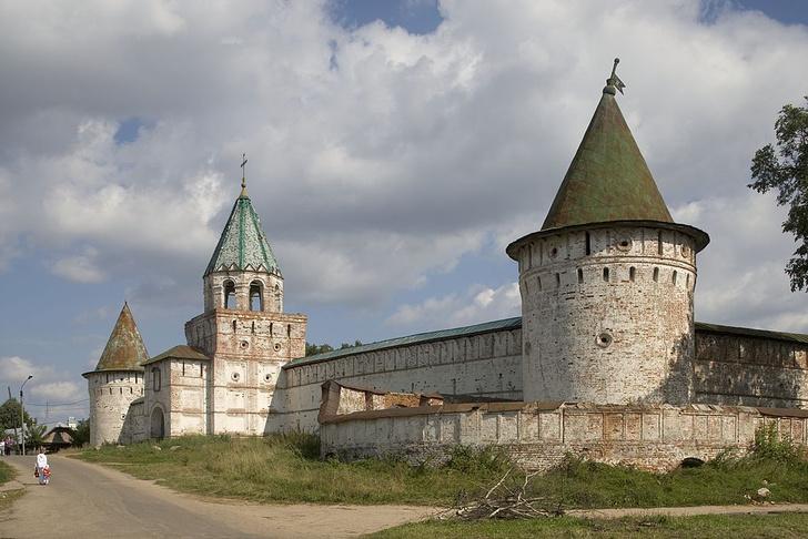 Фото №1 - Колыбель империи, золотые колокольни, цыгане и еще 7 достопримечательностей Костромы